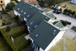 Eternit-Villa-eterniit-roheline-eterniitkatus-Bestor-Grupp-AS-katusematerjalide-maaletooja